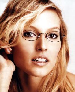 20090103235452-mujer-con-gafas.jpg