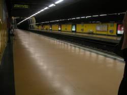20051204115814-metro.jpg