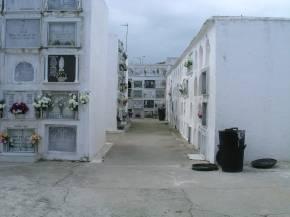 20060219122845-cementerio.jpg