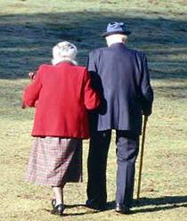 20061205225111-ancianos.jpg